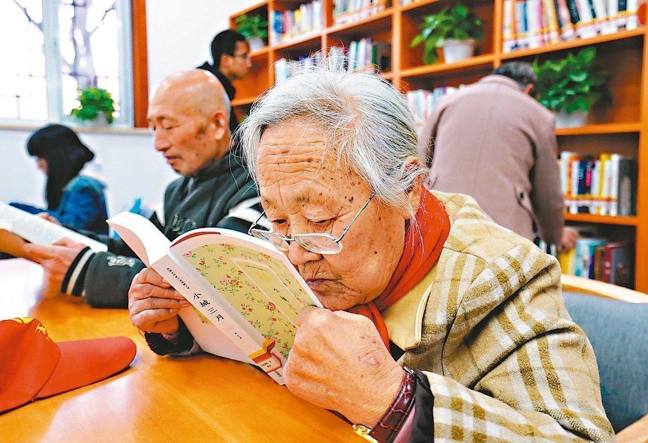 上海人平均壽命達83.37歲,是大陸最長壽的城市。 新華社