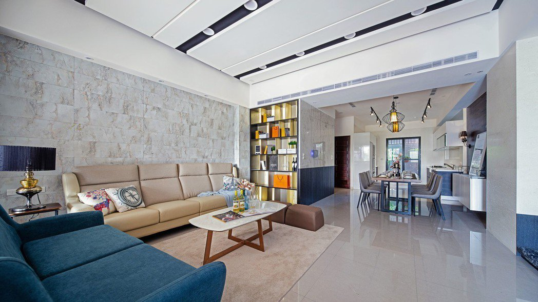 一樓豪門大氣客餐廳空間實景。圖片圖供/磐京建設