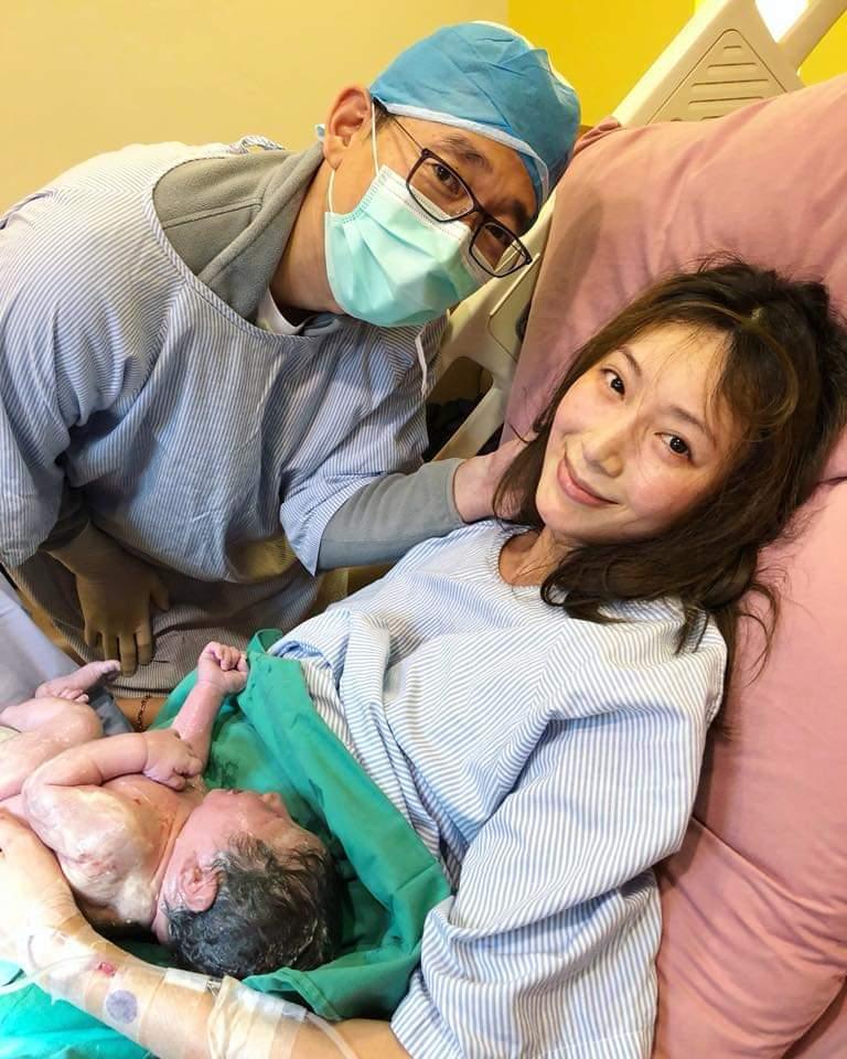 隋棠產下第三胎。圖/摘自臉書
