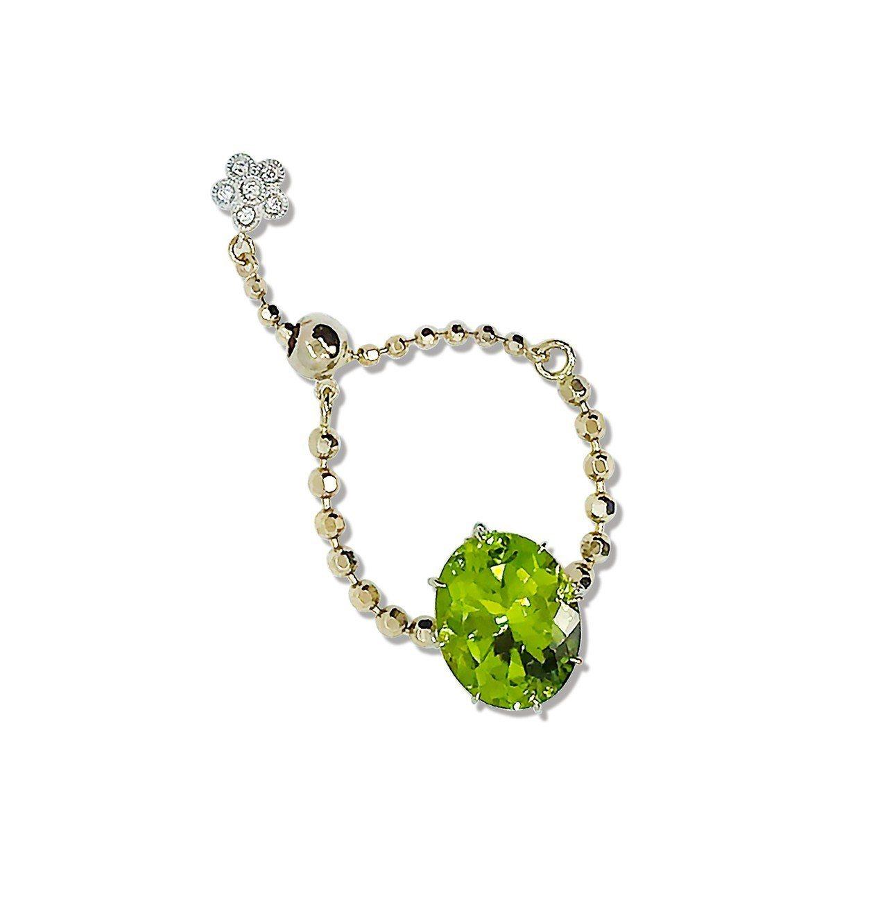 AbHerï綠橄欖石鍊戒,18萬6,000元。圖/JOYCOLORi提供