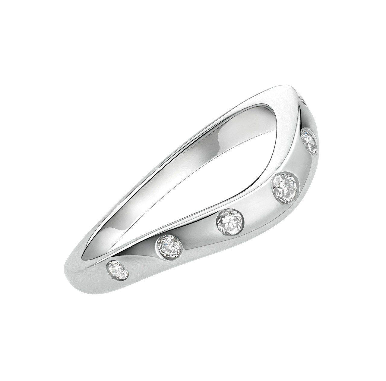 楊謹華將BVLGARI Corona 鉑金鑲鑽婚戒與求婚鑽戒堆疊配戴,83,30...