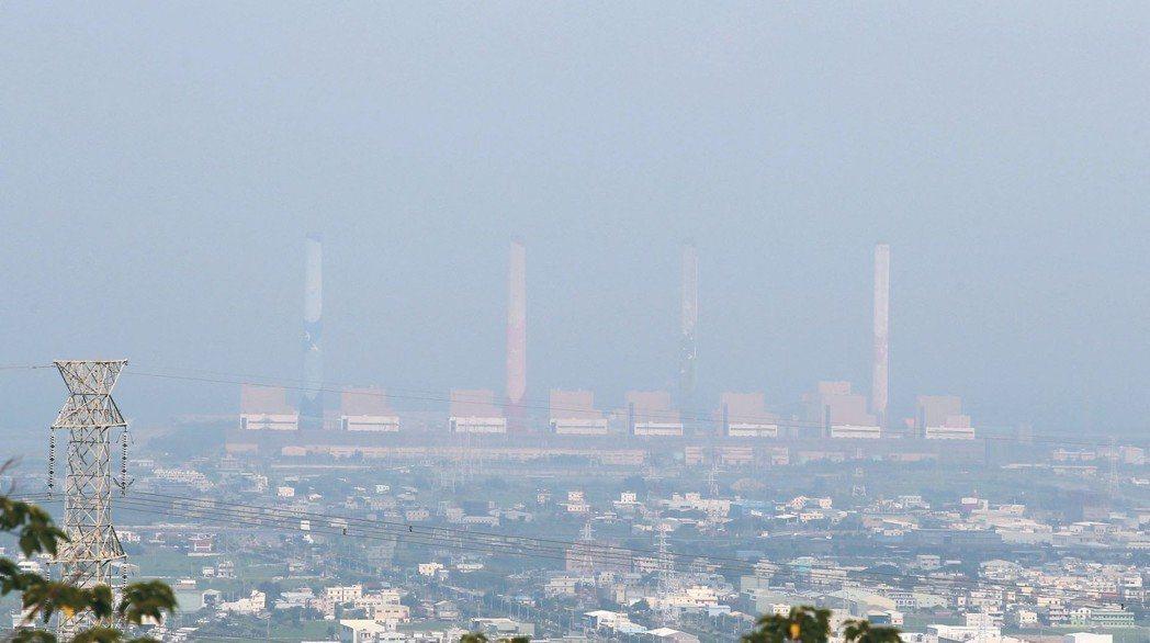 台灣空氣汙染日益嚴重。 圖/本報資料照片