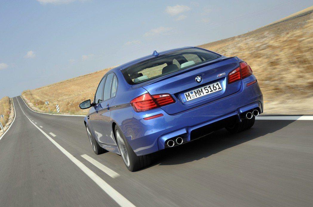 2012 BMW M5。 摘自BMW