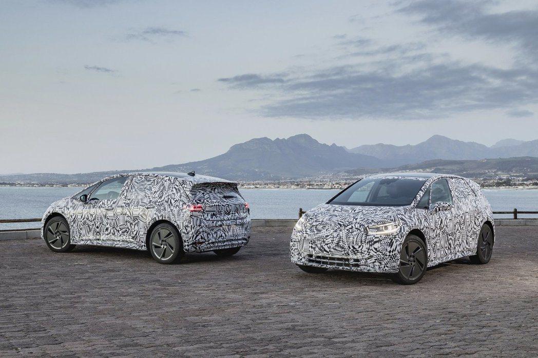 全新Volkswagen ID. Hatchback目前正進行道路測試階段。 摘...