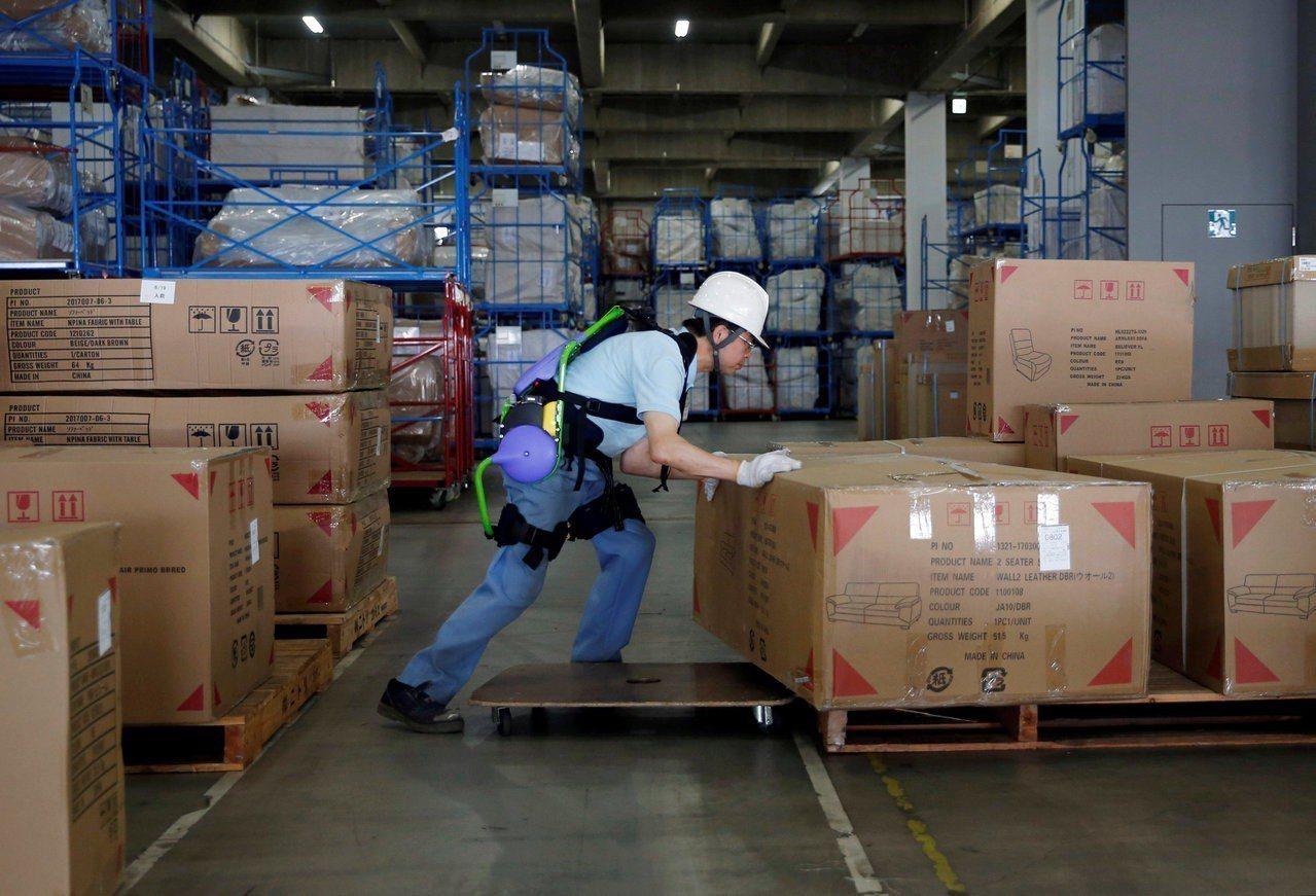 最新調查指出,日本勞工每天只休了一半的有薪假,為19個受訪國家及地區中最低。(路...