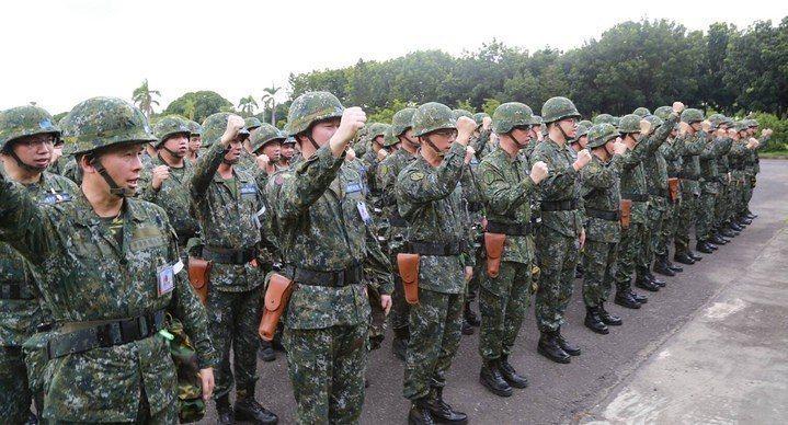 國防部日前預告教點召後備軍人的「召集規則」部分條文修正草案。陸軍步訓部提供