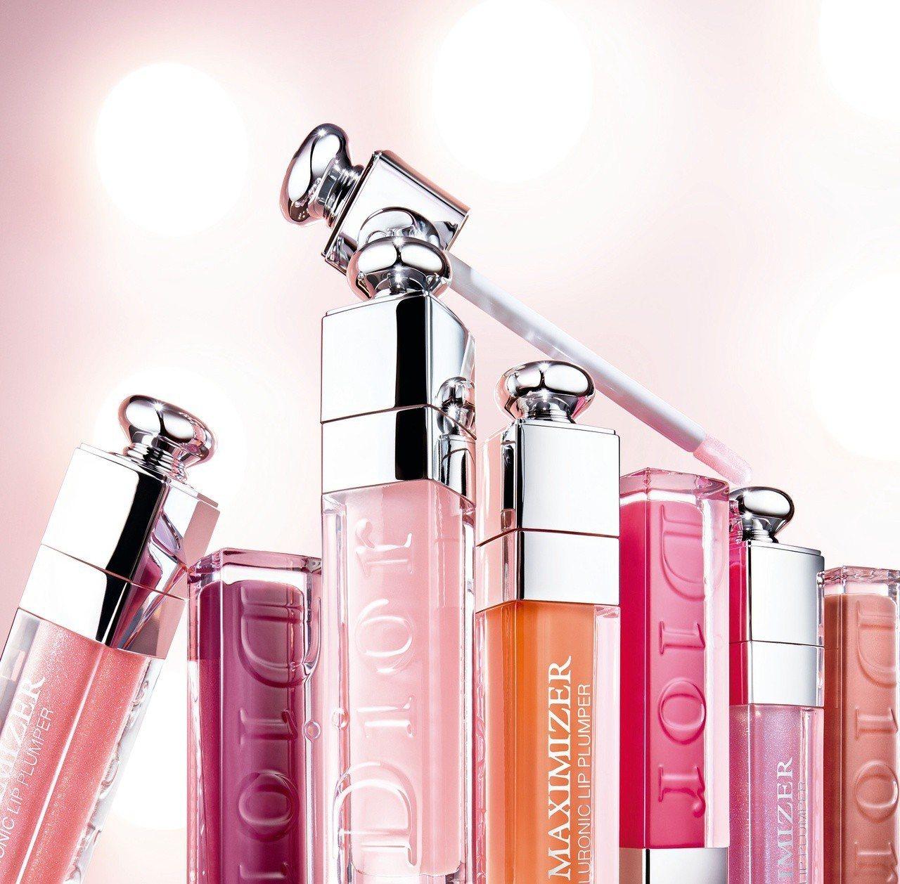 迪奧豐漾俏唇蜜全新推出7款色選,有粉潤釉光、銀河閃耀兩種妝效。圖/Dior提供