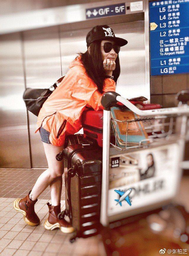 張柏芝在微博曬出去新加坡度假照。圖/摘自張柏芝微博