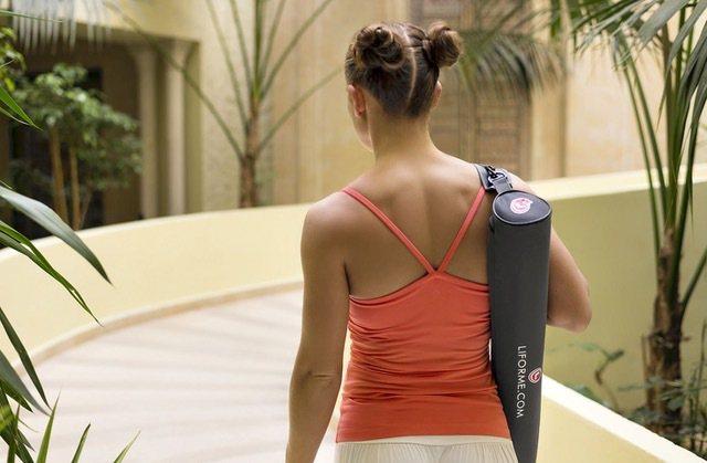 Liforme瑜珈墊附贈的瑜珈袋也是以環保材質製作。圖/盈望實業有限公司提供