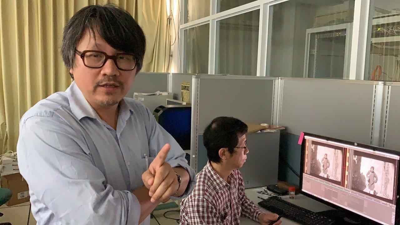 南藝大音像紀錄與影像維護研究所助理教授曾吉賢(左)。記者吳淑玲/攝影