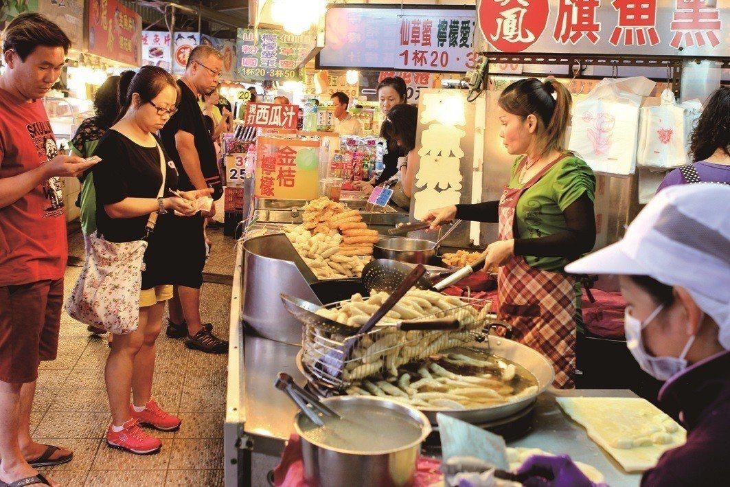 圖為東港華僑市場。圖/縣府提供