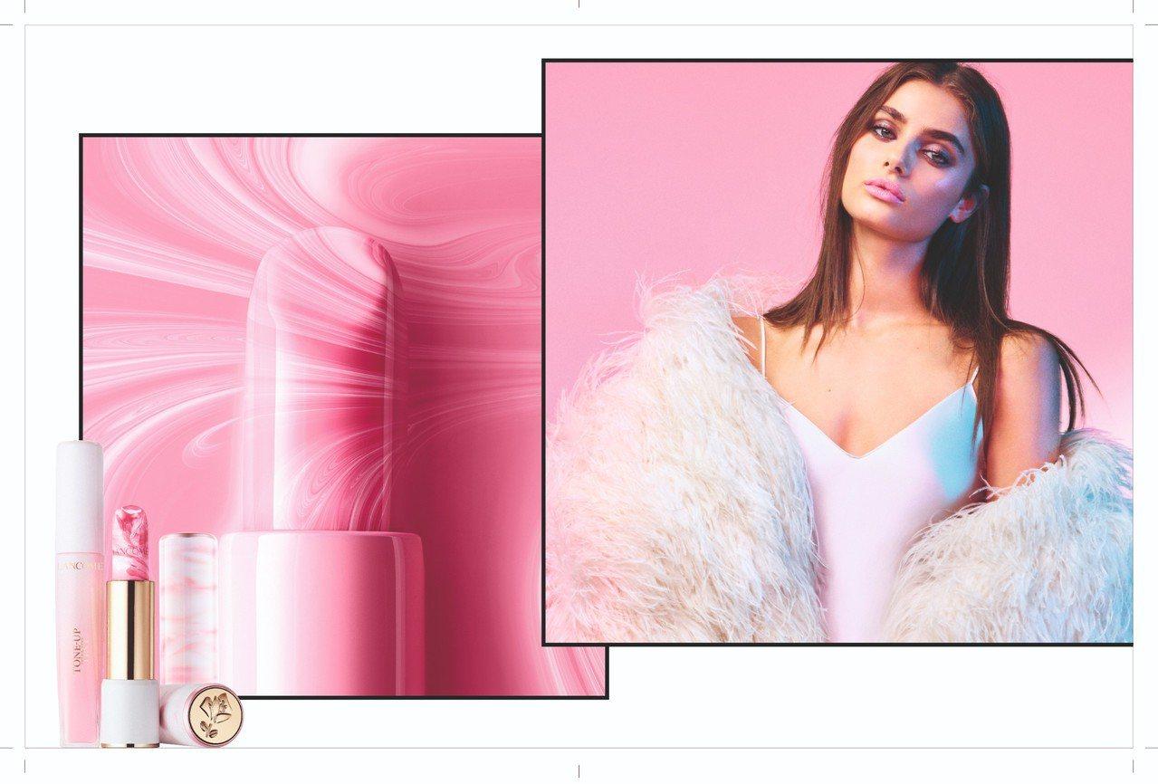 蘭蔻絕對完美玫瑰大理石潤色護唇膏,以粉色大理石為靈感。圖/蘭蔻提供
