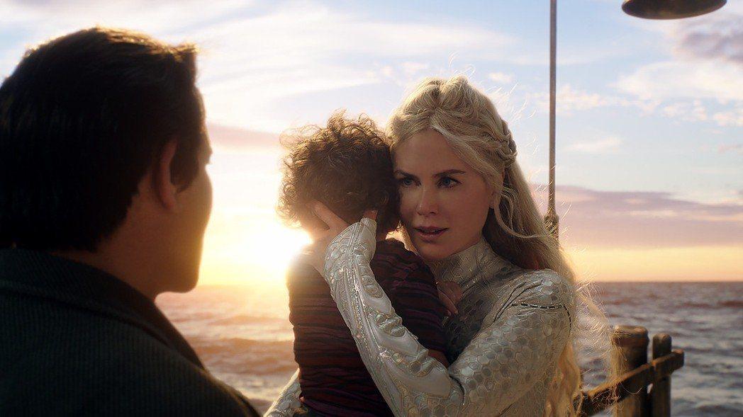 「水行俠」首周票房就空降DC超級英雄電影票房冠軍,妮可基嫚飾演亞特蘭提斯公主,有...