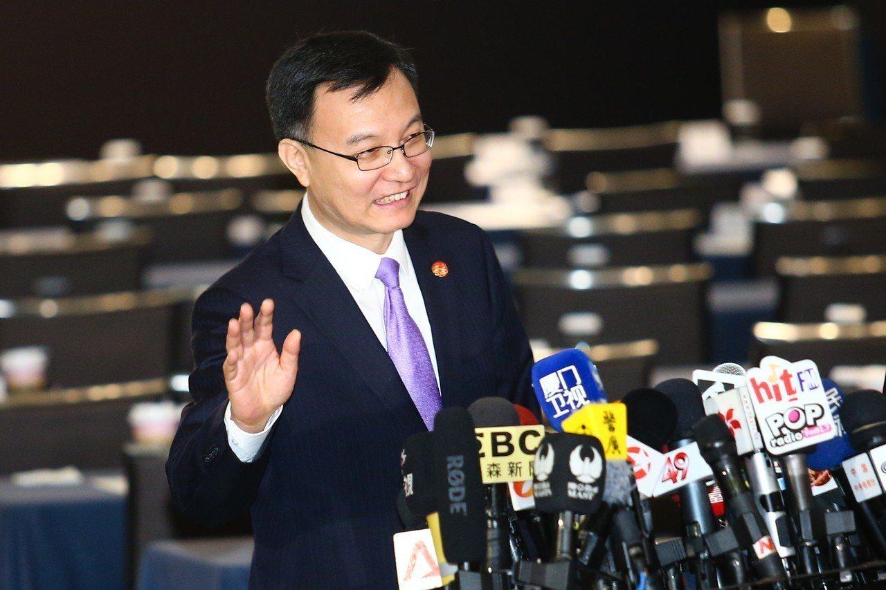 上海市常務副市長周波(圖)表示,非洲豬瘟不是雙城論壇的內容,這次主題為循環經濟。...