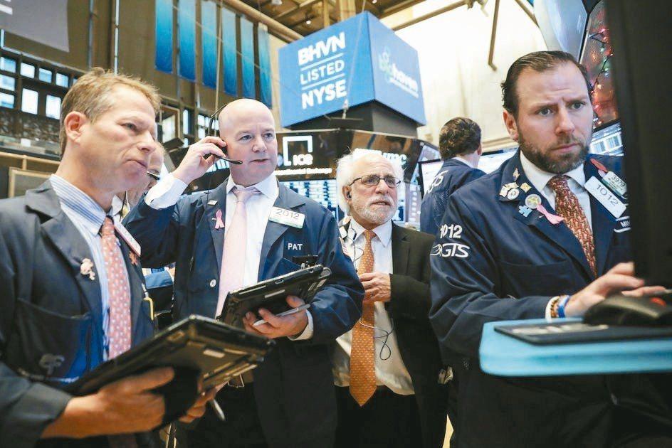 美銀美林(BAML)最新調查顯示,投資人對市場和經濟展望的看空情緒升到接近極致,...