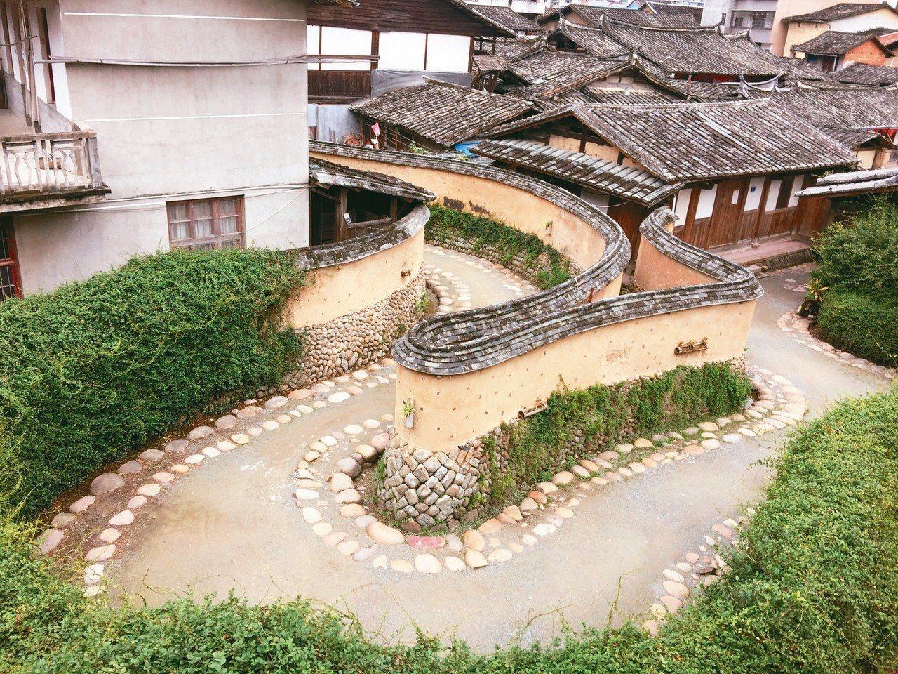 嵩口古鎮標誌之一:鶴形路。 記者汪莉絹/攝影