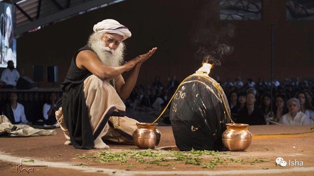瑜伽大師和暢銷作家薩古魯(Sadhguru Jaggi Vasudev)圖取自I...