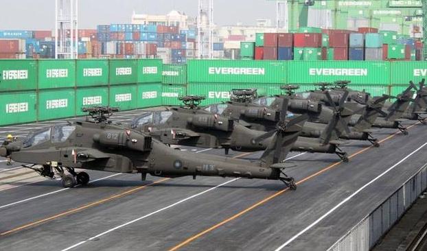 美國國會通過法案重申對台軍售。圖為美國售予台灣之阿帕契攻擊直升機。(photo ...