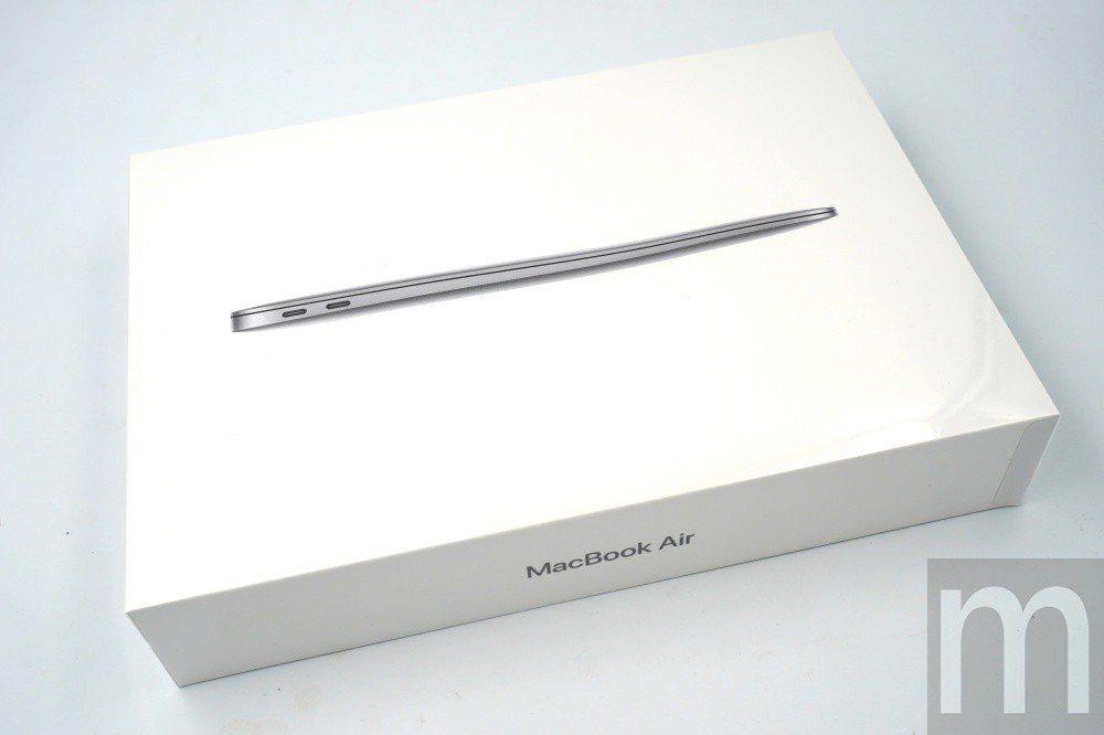 新版MacBook Air 13.3吋版本盒裝與目前設計沒有太大差異
