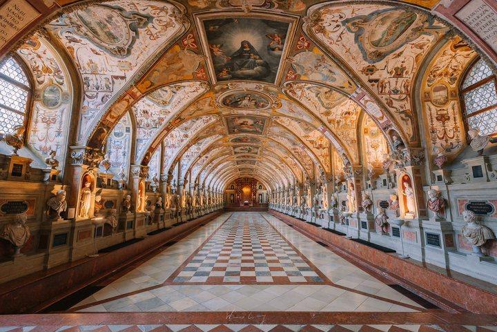 -慕尼黑王宮。 圖/背包客棧