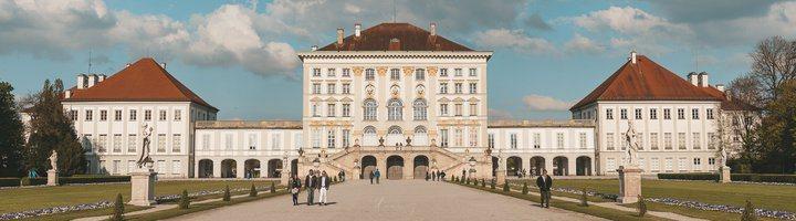 -慕尼黑寧芬堡。興建新天鵝堡的國王路德維希二世就是在此宮出生。 圖/背包客棧
