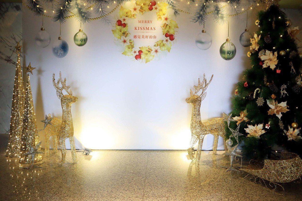 竹湖暐順麗緻文旅打造耶誕造景。圖/竹湖暐順麗緻提供