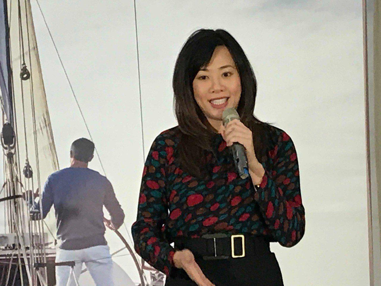 新光人壽副總吳欣盈出席「新光極享俱樂部」記者會。記者陳怡慈/攝影