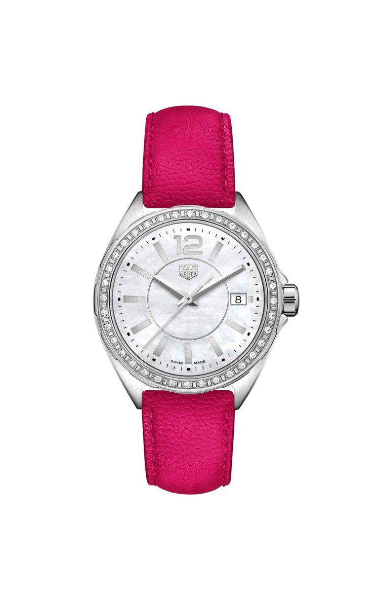 泰格豪雅Formula 1 Lady腕表,表圈鑲鑽搭配桃紅色皮革表帶,約67,3...