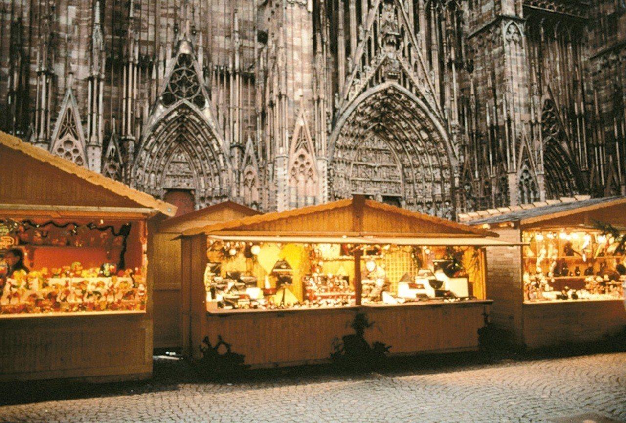 史特拉斯堡的耶誕市集是歐洲最大。 圖/摘自史特拉斯堡觀光局官網
