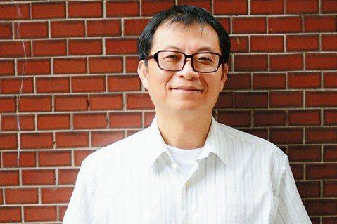 成大教授蘇文鈺推廣創新教育,他認為要讓孩子在學習中突破自我,找出自己的極限,他讓...