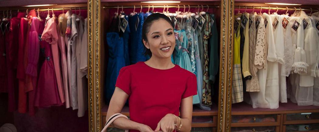 「瘋狂亞洲富豪」美國大賣,吳恬敏終於打進金球獎入圍名單。圖/摘自imdb