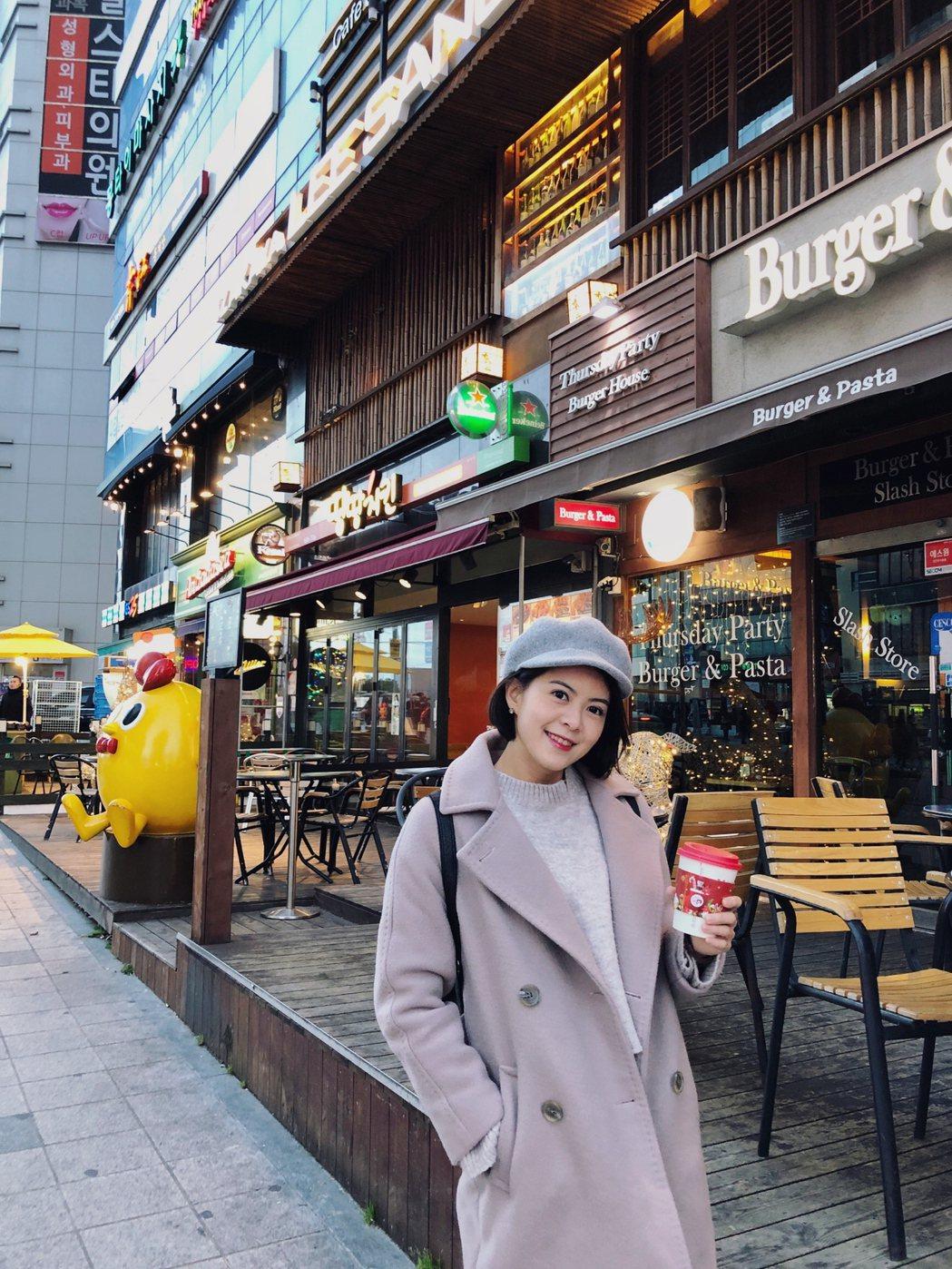 林柏妤在「實習醫師鬥格」殺青後,飛韓國釜山旅行,苦悶在韓國0桃花。圖/民視提供