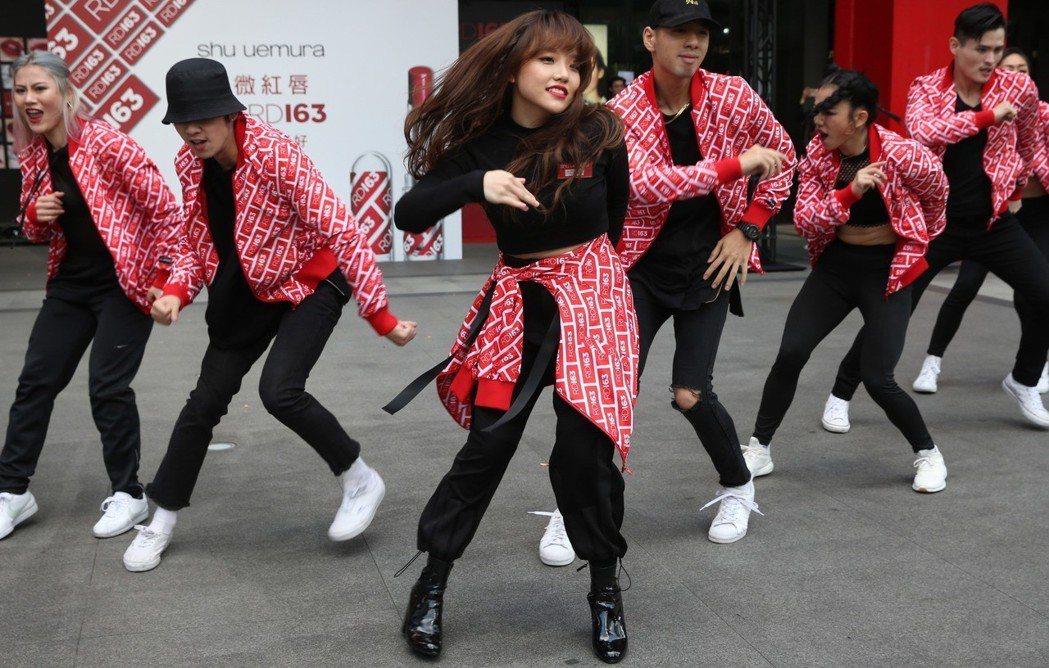 安那21日出席化妝品活動。記者林俊良/攝影