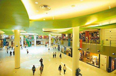 全球電商龍頭亞馬遜去年在新加坡推出Prime Now服務,但仍未帶動當地線上購物...