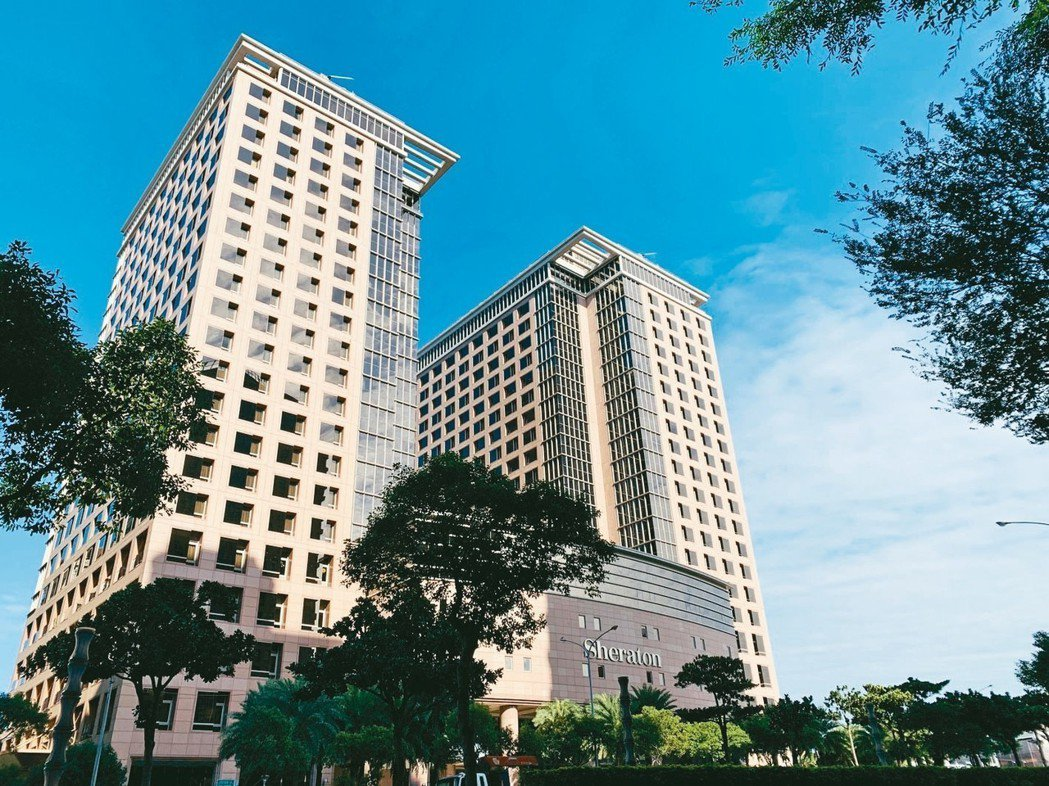 竹北豐邑喜來登飯店商圈,將隨著遠百購物中心2019年底加入,形成更便利的生活機能...