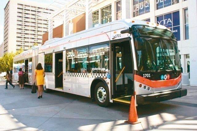 比亞迪電動大巴因續航力不足、煞車故障等問題被美國退貨。 (網路照片)