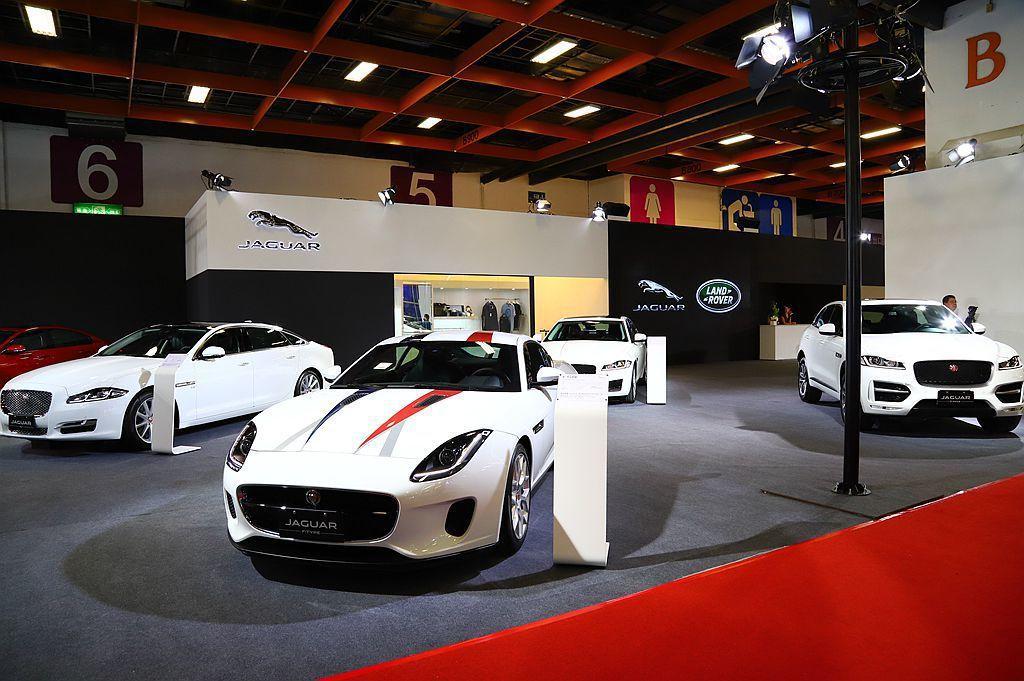 Jaguar品牌以當家跑車F-TYPE領軍展出旗下陣容。 記者張振群/攝影