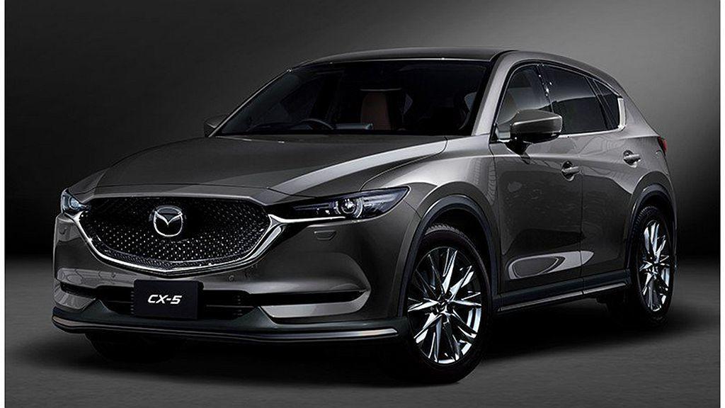 Mazda CX-5透過外觀專屬套件(前下擾流翼、側裙、後下保桿),使這休旅車更...