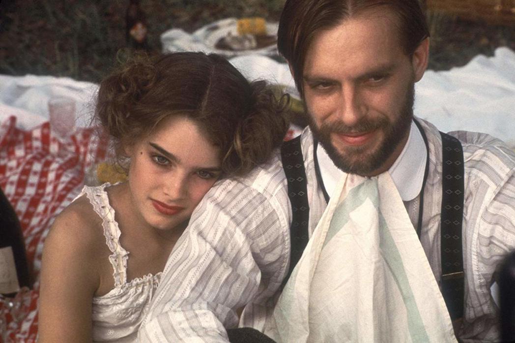 布魯克雪德絲和凱斯卡拉定在「豔娃傳」有段曖昧情愫。圖/摘自imdb