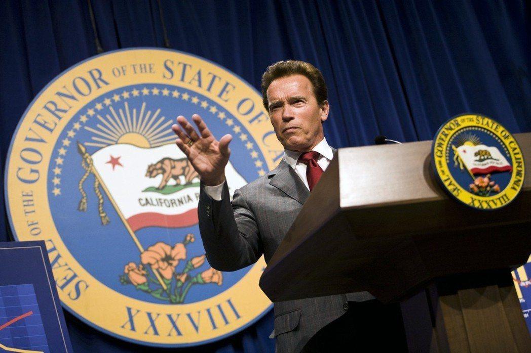 阿諾史瓦辛格擔任美國加州州長8年,成績毀譽參半。圖/路透資料照片