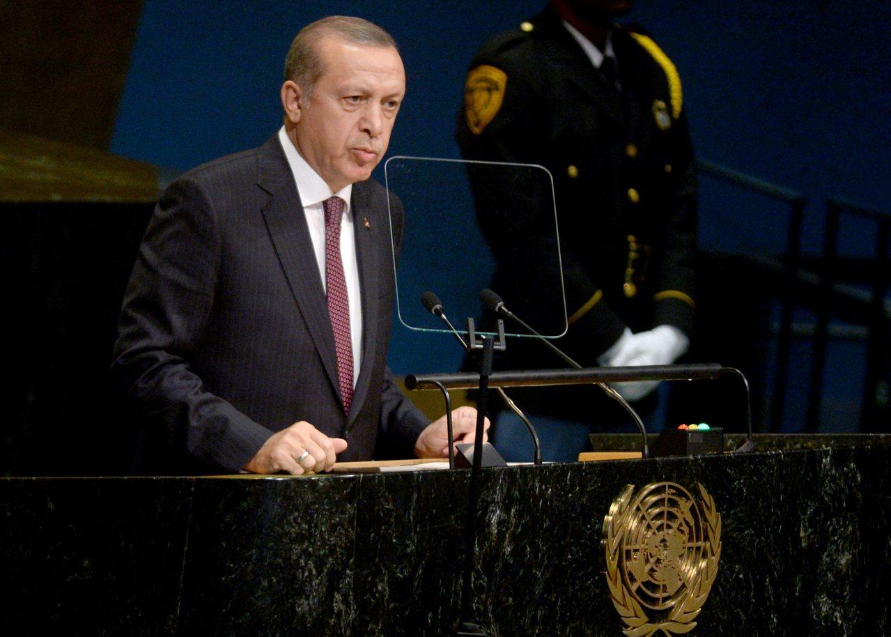 美軍撤離敘利亞,土耳其總統:接手對抗伊斯蘭國。 世界日報記者趙元良/翻攝