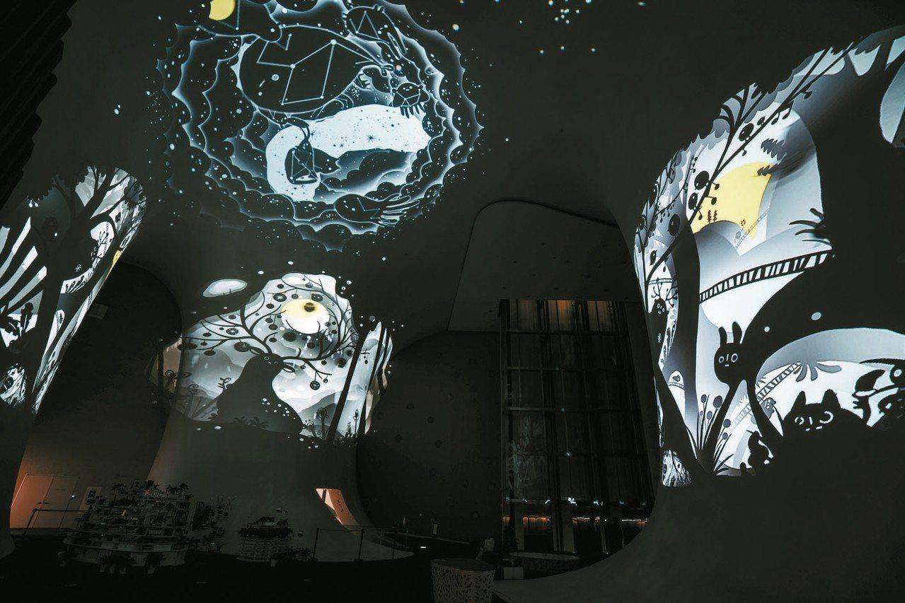 台中國家歌劇院《NTT魔幻曲牆光影秀》。 圖/國家歌劇院提供
