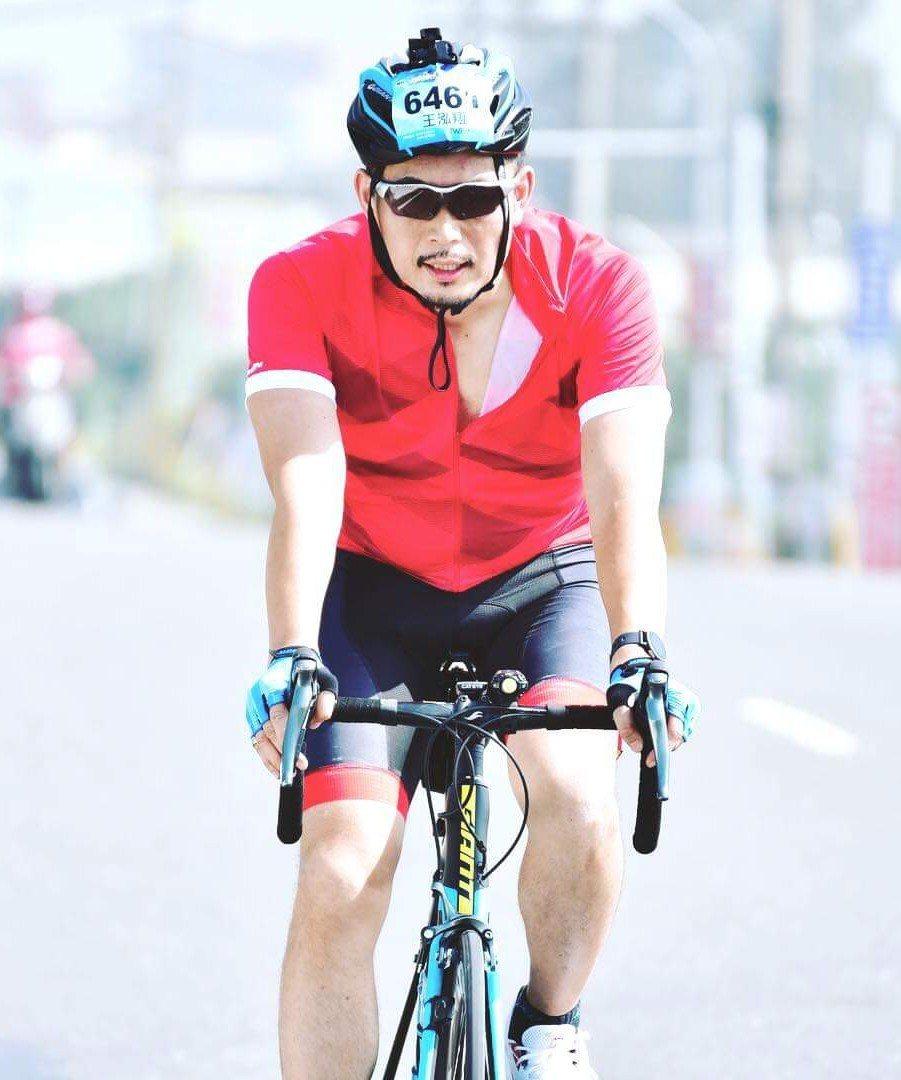 教育處長長向新北借將,王泓翔年僅42歲。圖/翻攝臉書