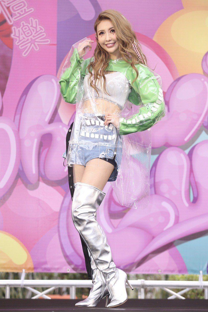 愷樂舉辦「泡泡糖」EP簽唱會。記者林伯東/攝影