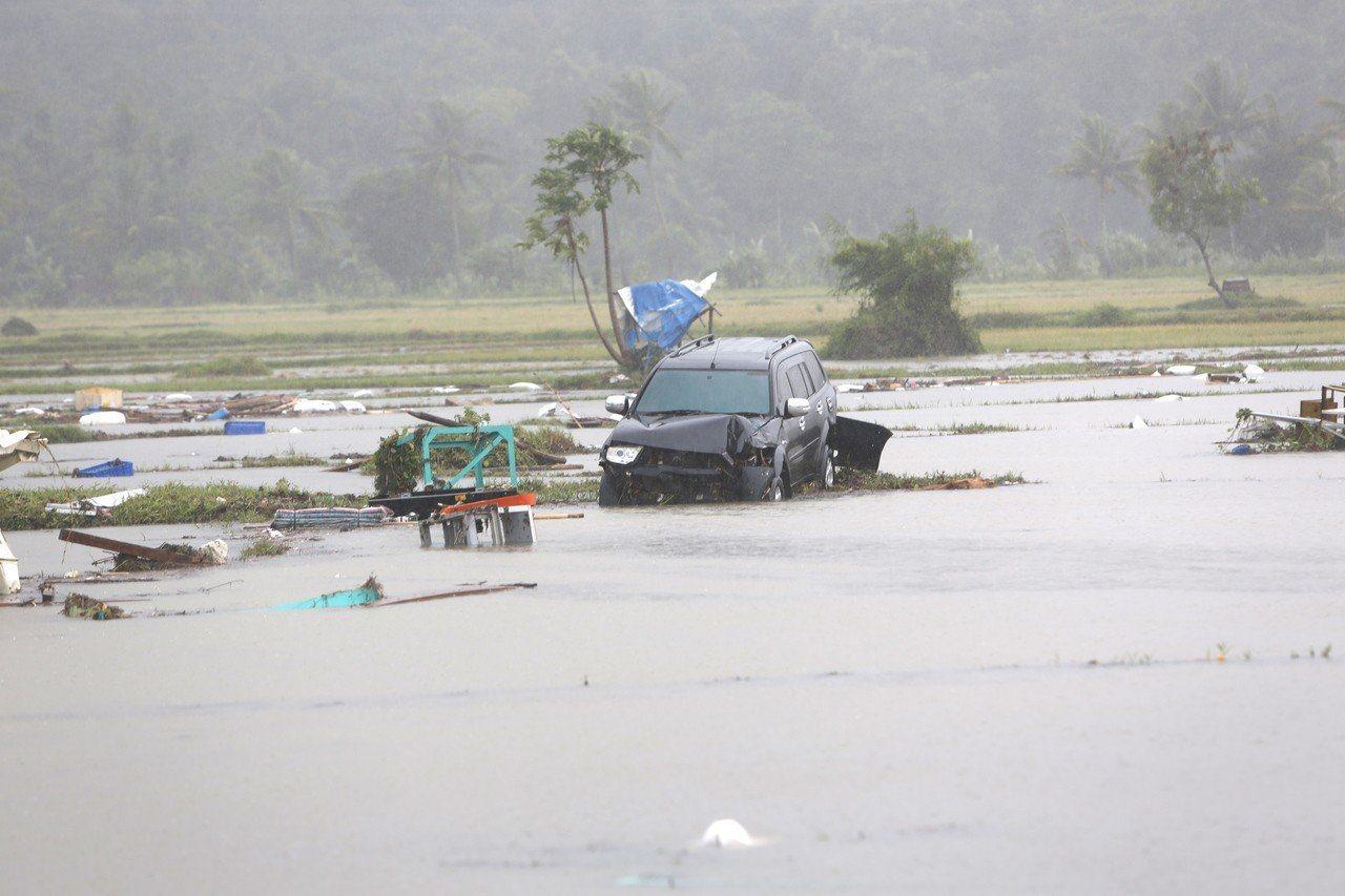 印尼巽他海峽昨晚因火山爆發引發海嘯。 歐新社