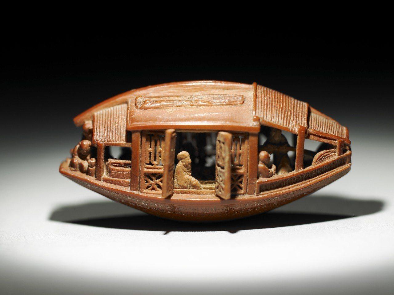 橄欖核舟。圖/故宮提供