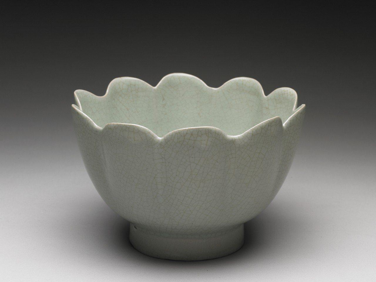 蓮花溫碗。圖/故宮提供