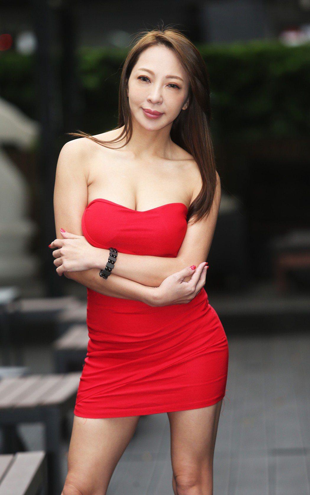 妞妞身材火辣。記者徐兆玄/攝影
