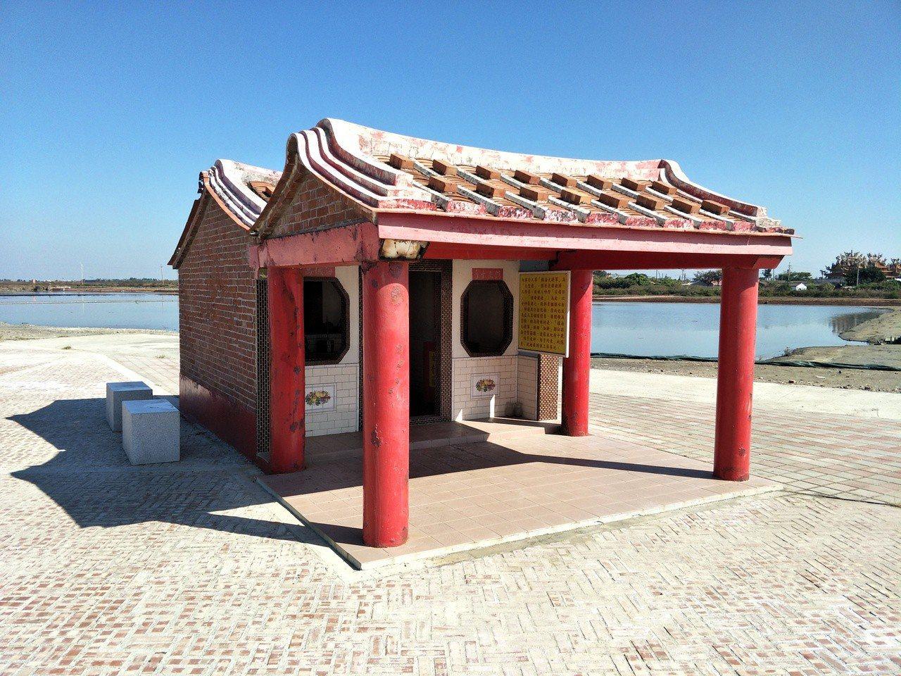 台南北門井仔腳有座罕見「豬母娘娘」祠堂,圖為外觀。記者謝進盛/攝影