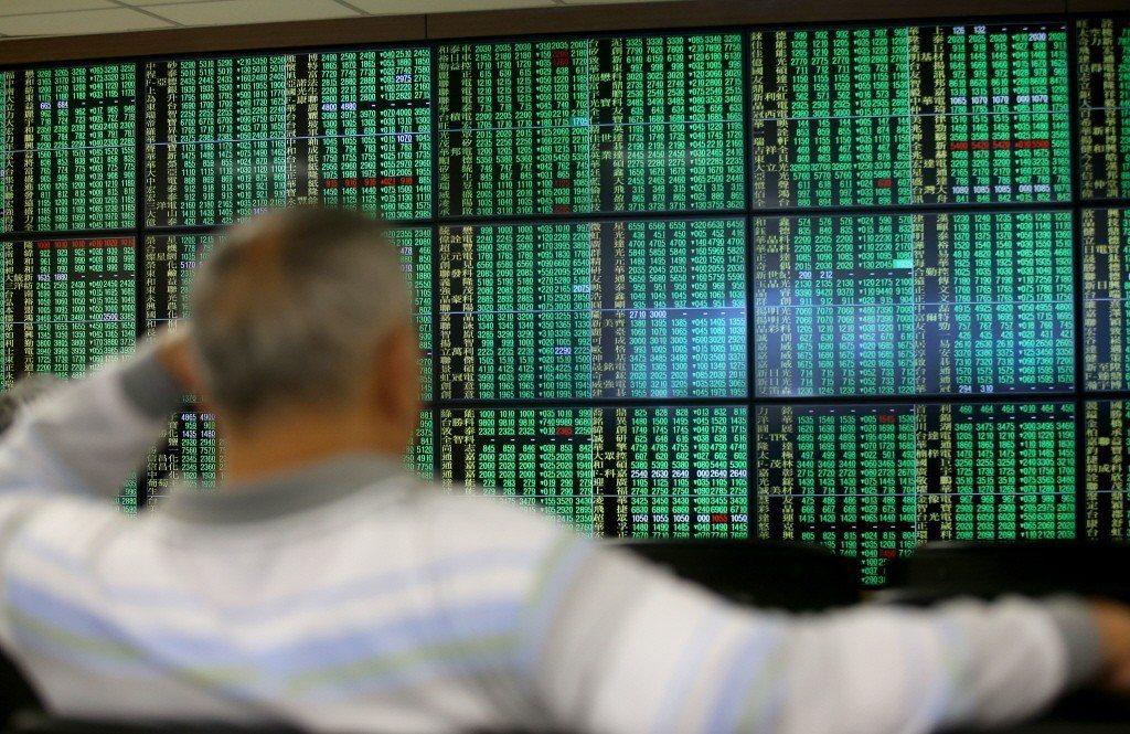 台股24日終場加權指數收在9,639點,小跌6點,成交量僅682億元。聯合報系資...